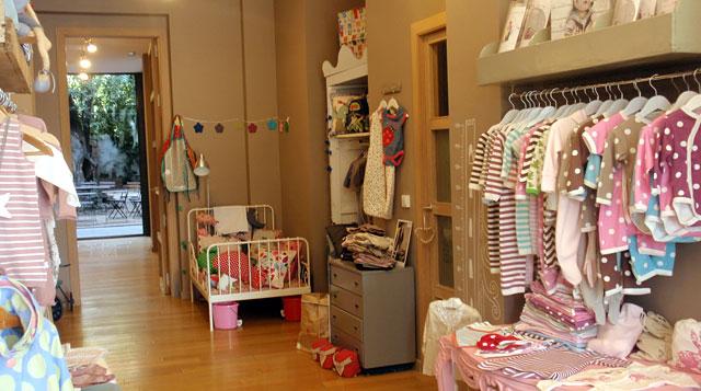 The toy box una tienda con jard n ideal para celebraciones for Muebles bebe barcelona