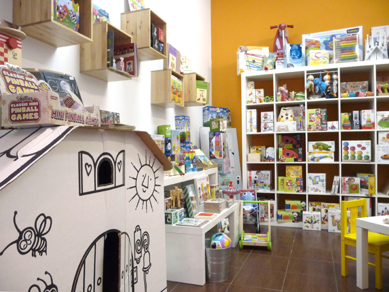 Petit petit: juguetes, libros y mucha creatividad