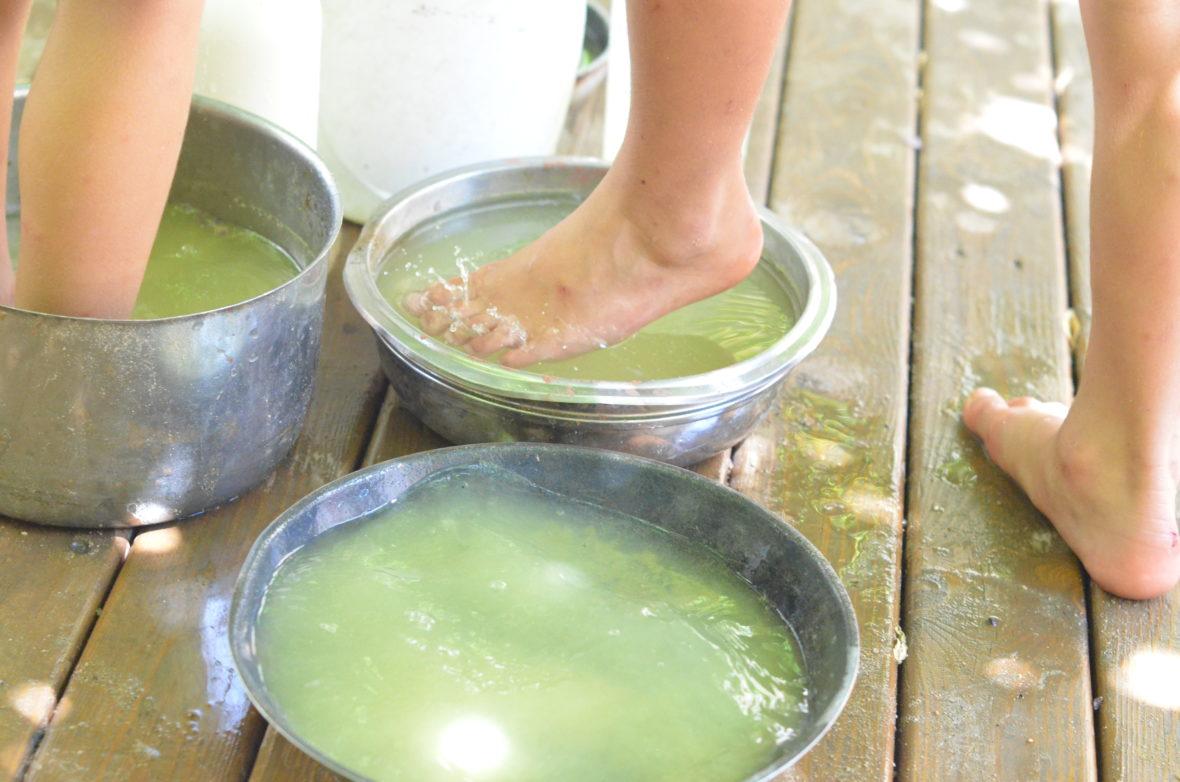 Jugando con agua en Xantala