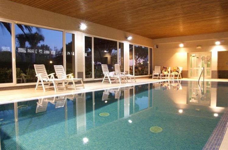 campings con piscina climatizada para estar a gusto en