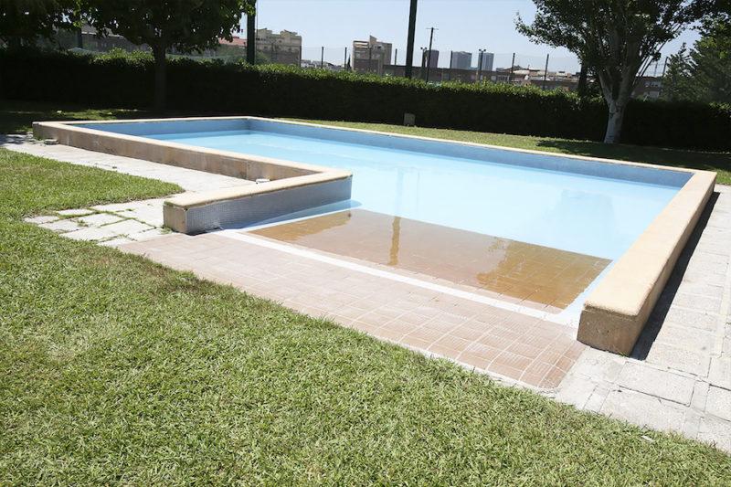 La mejores piscinas de barcelona para el verano for Piscina n club