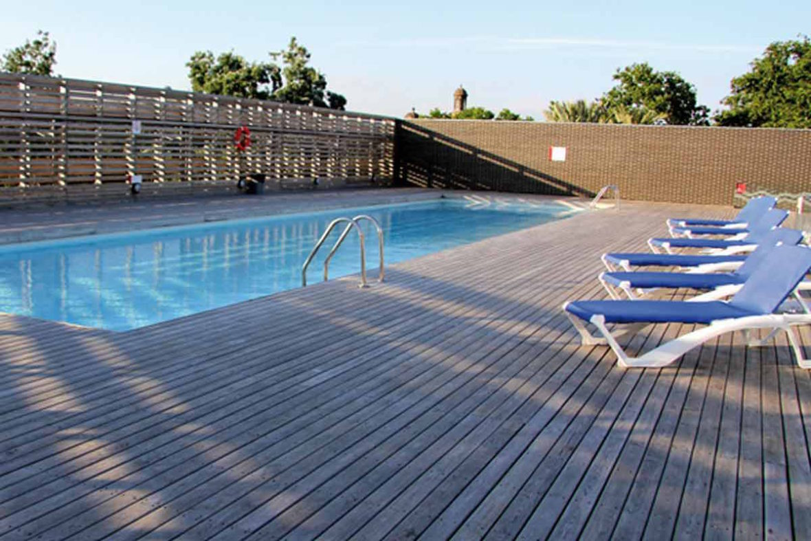 la mejores piscinas de barcelona para el verano