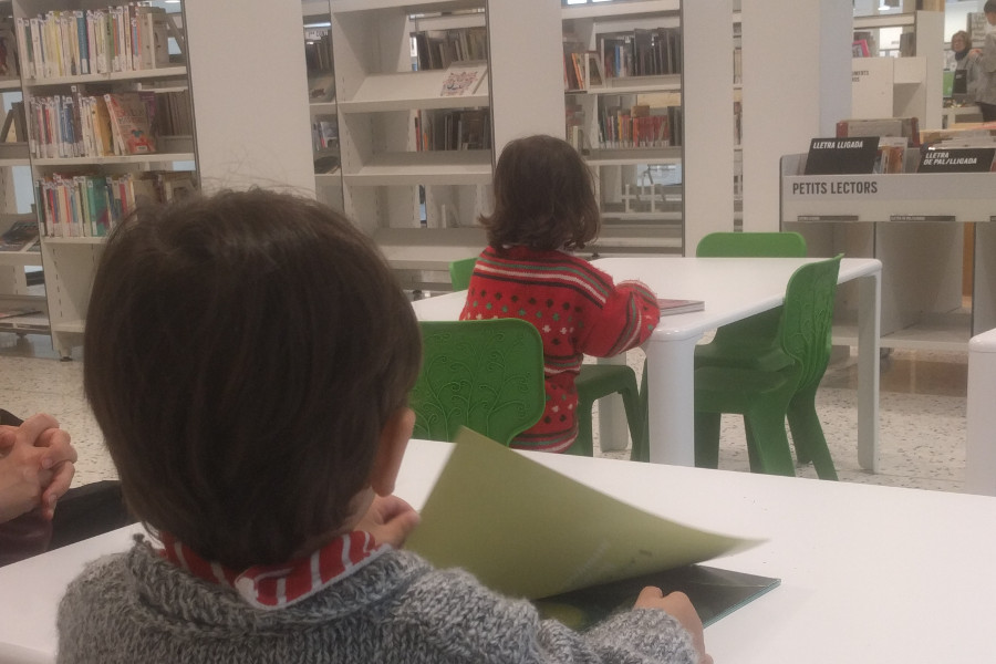 Biblioteca Montserrat Abelló en Les Corts, Barcelona