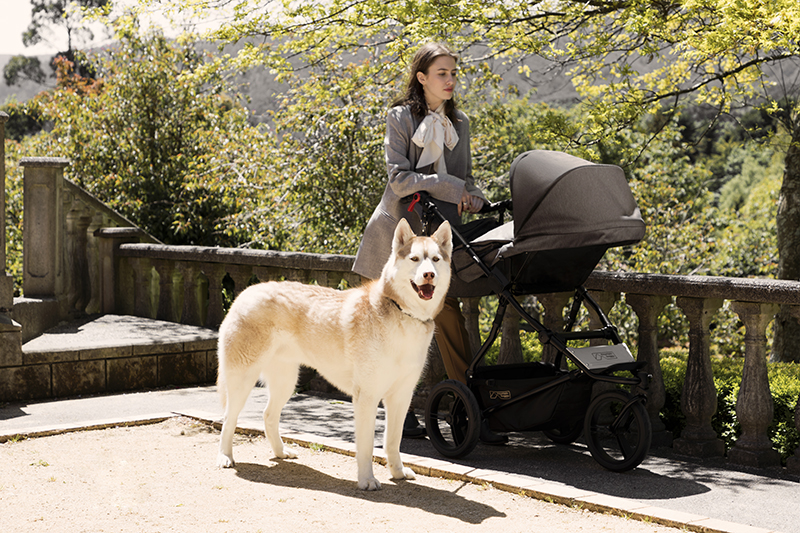 Mountain Buggy_the luxury collection_herringbone_urban jungle_parent facing seat