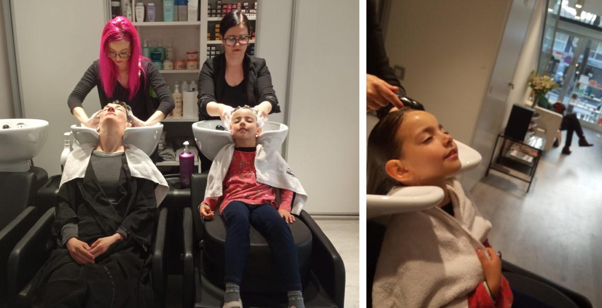 Ana y Laila lavandose el pelo en Raffel Pages Hospital Clínic