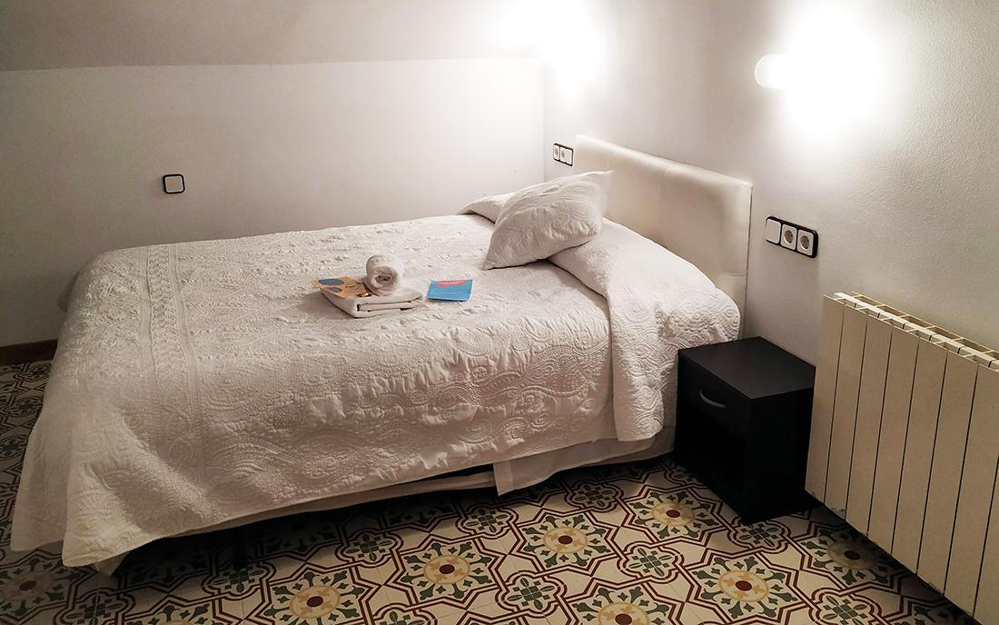 hostal burriac argentona mammaproof habitacion