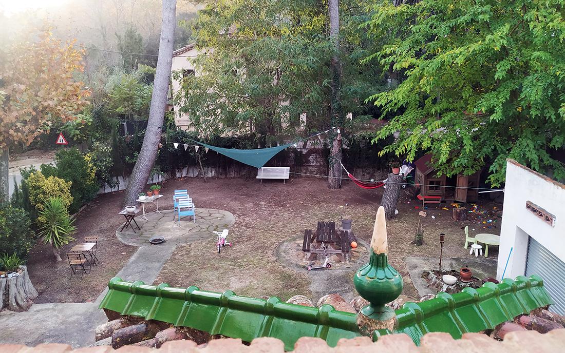 hostal burriac argentona mammaproof jardin