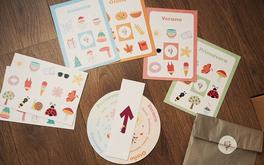 mammaproof peek a boo funny learning material
