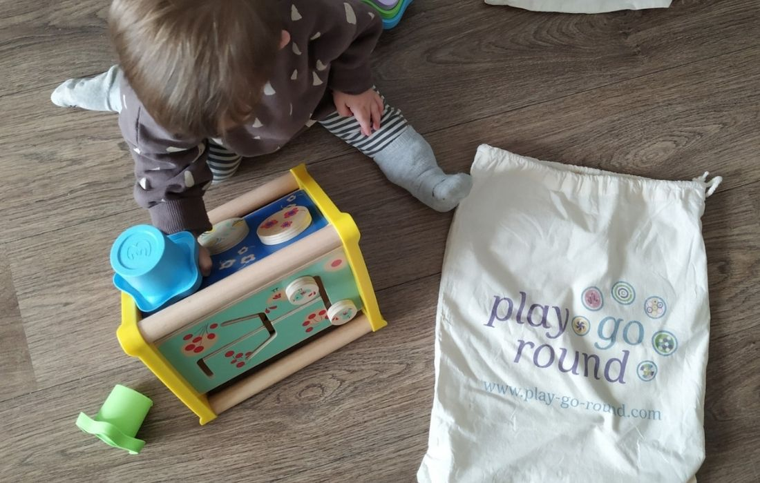 play go round approved mammaproof juguetes
