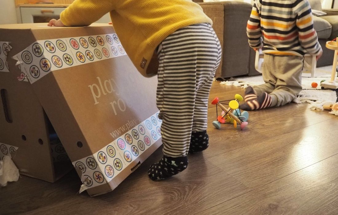 play go round approved mammaproof caja juguetes