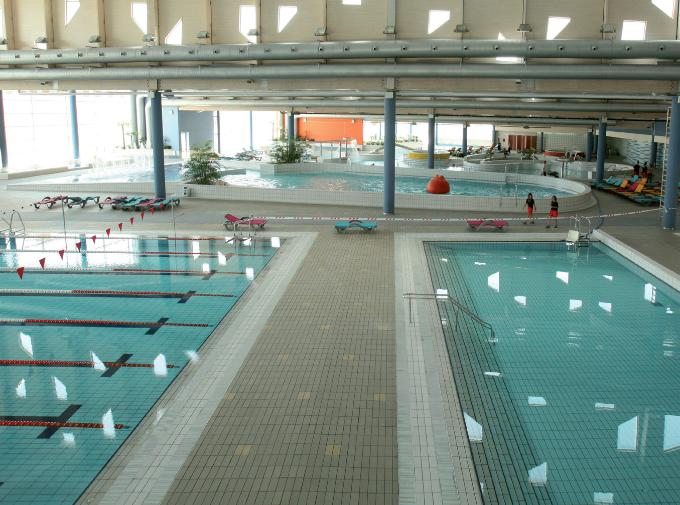 Un spa para familias en alcobendas for Piscina vallehermoso