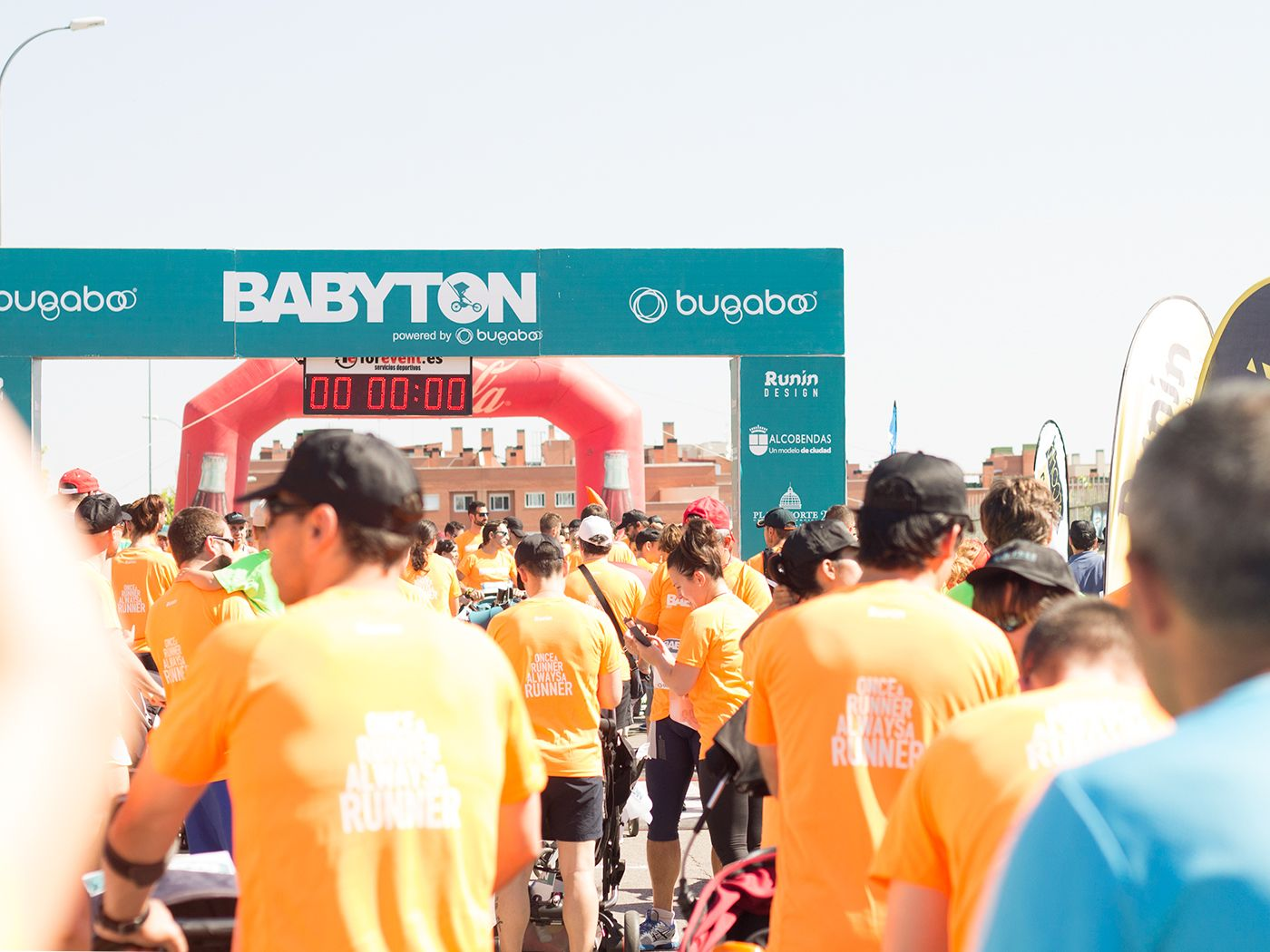 Babyton, carrera familiar con carritos en Alcobendas