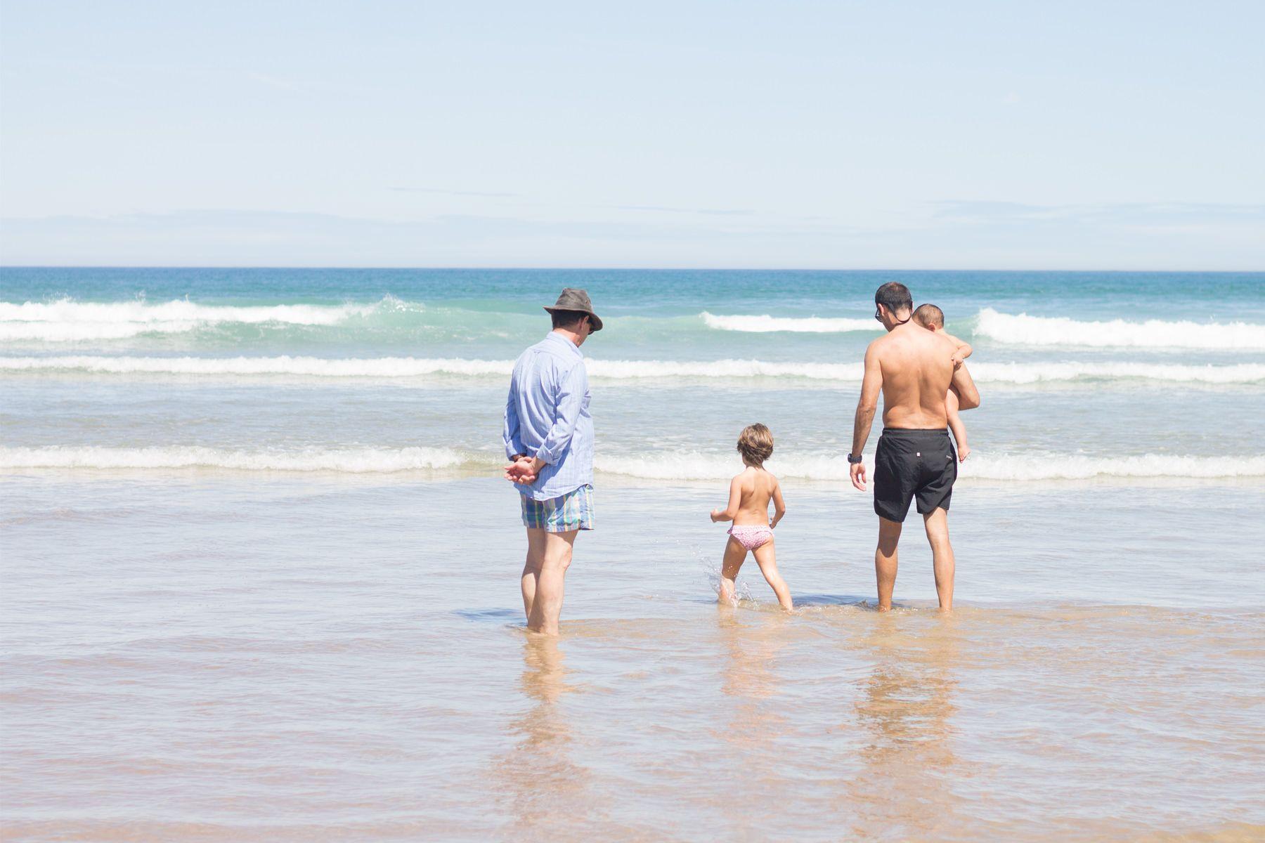 Una ruta de cuatro días por el norte con niños. Playa de Berria, en Santoña