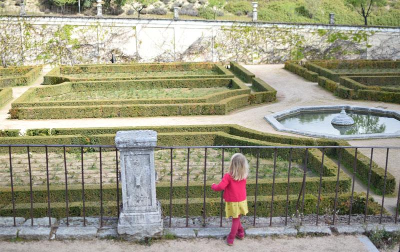 Palacio-de-la-Quinta-del-Pardo-ninos