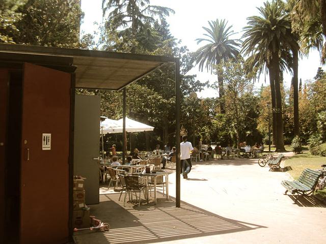 Los jardines de villa cecilia y de villa amelia for Bar jardin barcelona
