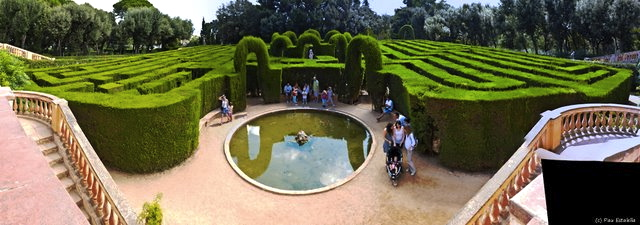 De picnic con el minotauro en el parc del laberint for Parques ninos barcelona