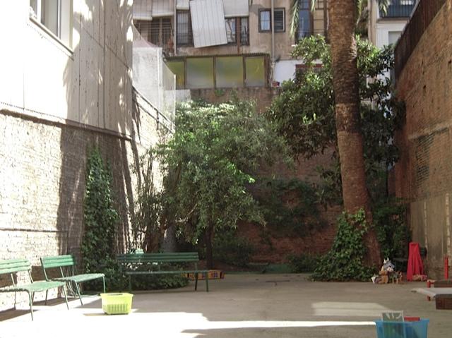 patio2 Casa Anita, librería especializada en libros infantiles y juveniles y mucho más…