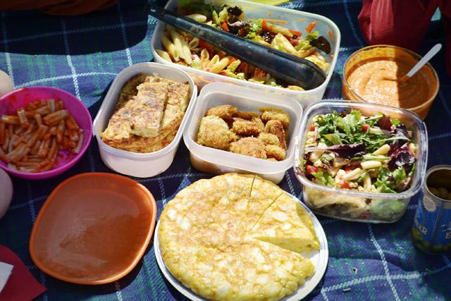 Sant pere m rtir un merendero familiar en collserola - Comida para llevar de picnic ...