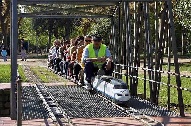 CanMercader_tren-en-marcha