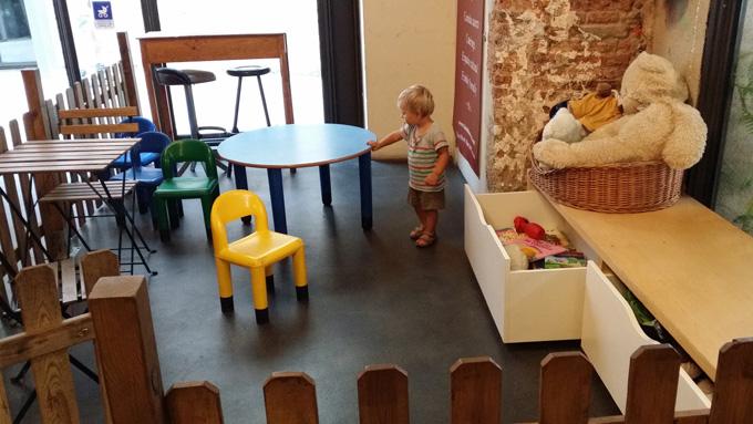 Merendar con niños en Barcelona -bar del convent