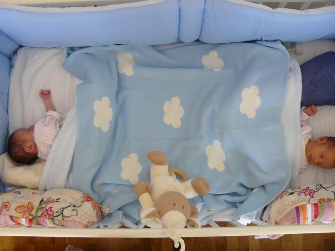 Multiples En Casa Productos Para Familias Con Gemelos - Cuna-para-gemelos