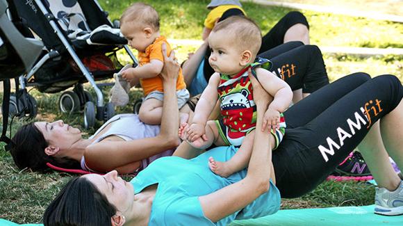 clases mamas y bebes parque barcelona
