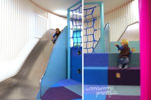 Peekaboo tobogan 300x199 Lugares para tardes de invierno con niños