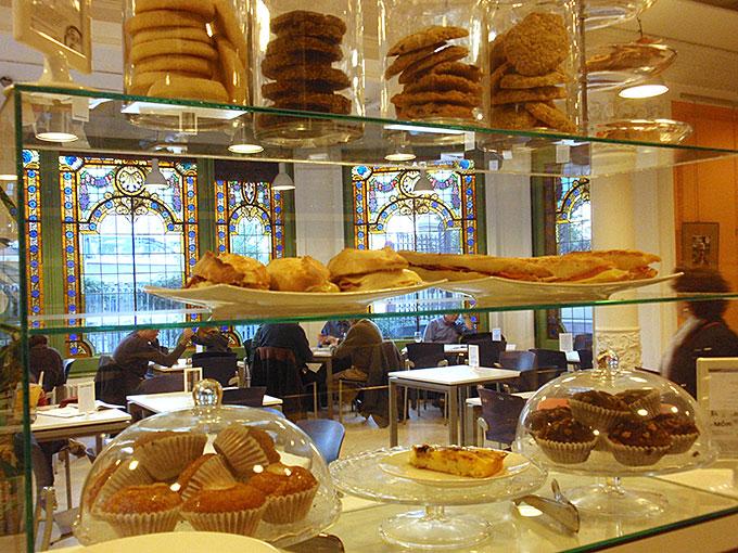 Merendar con niños en Barcelona - cafeteria-casa-orlandai