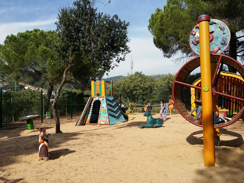 nueva zona juegos parc oreneta