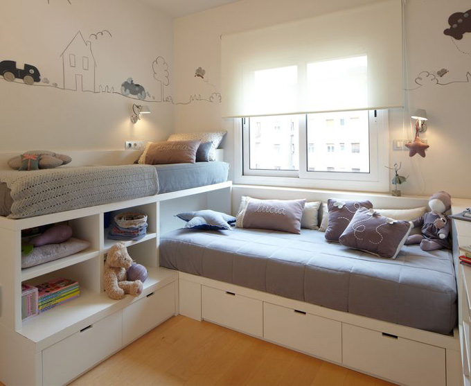 Dijous interiorismo y decoraci n de habitaciones infantiles sorteo cerrado mammaproof barcelona - Space saving ideas for small kids bedrooms plan ...