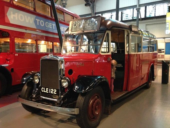 autobus antiguo londres