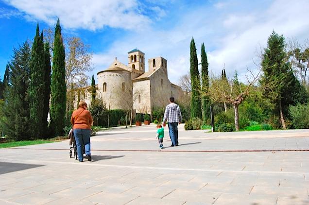 Excursiones con niños cerca de Barcelona - mont sant benet