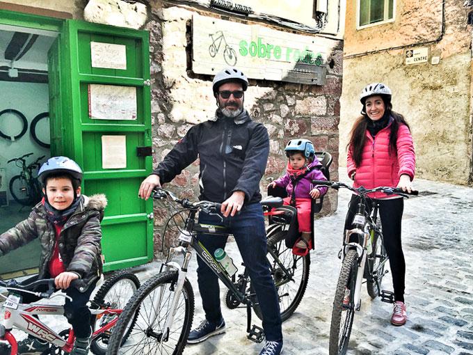 Cicloturismo-Prades-Destino-turismo-familiar-3