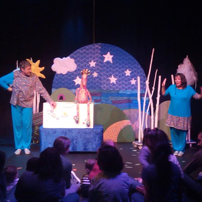 teatre per a petits_porta4_xino xano