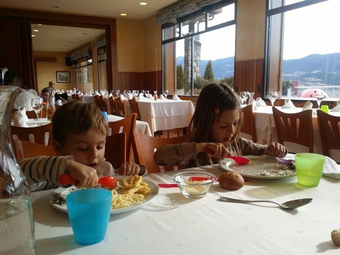 comer con ninos cerdanya