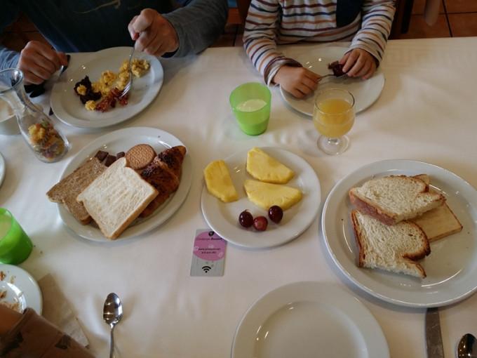 mmmp buffet desayuno cerdanya resort